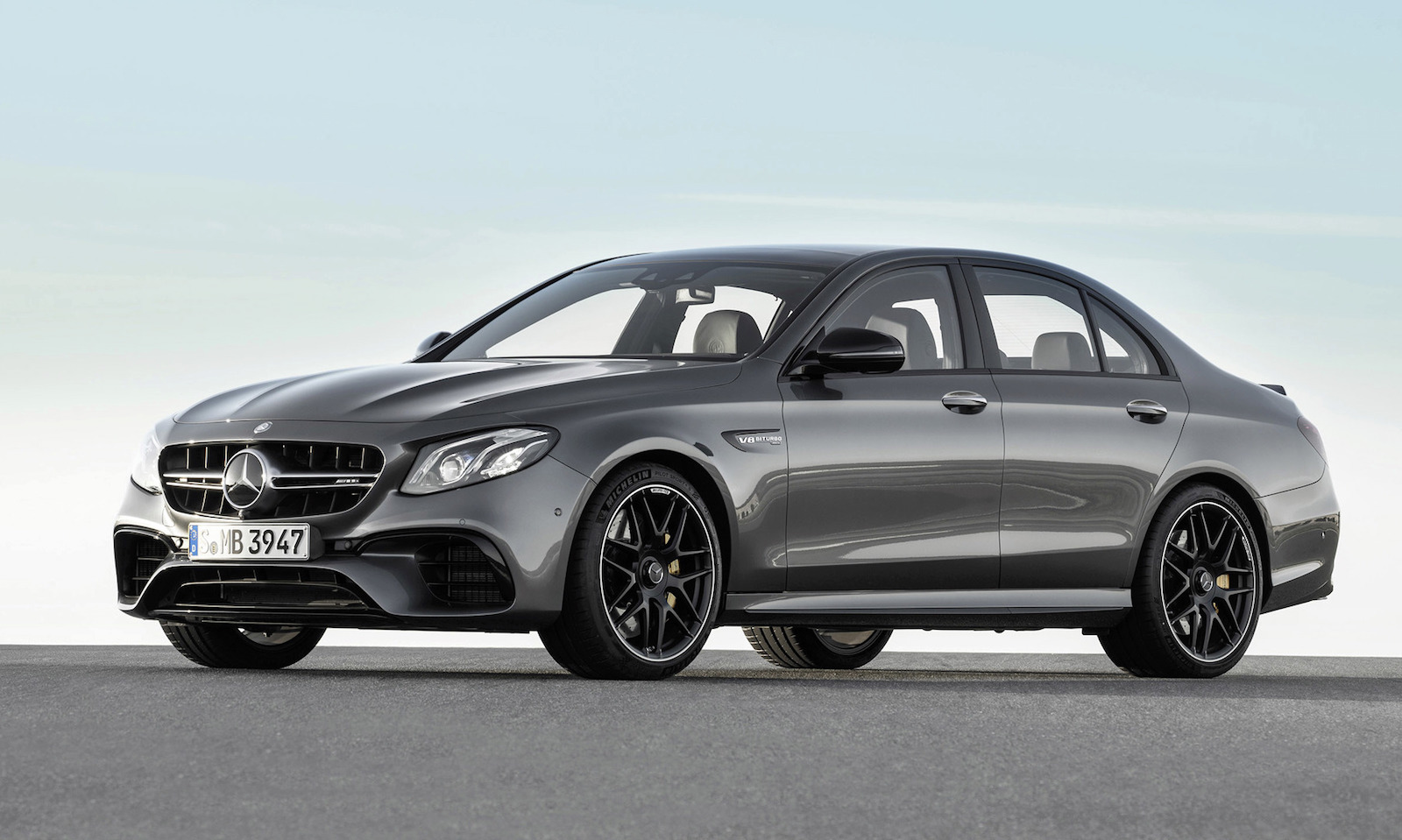 2017 mercedes amg e 63 revealed s packs 450kw performancedrive. Black Bedroom Furniture Sets. Home Design Ideas