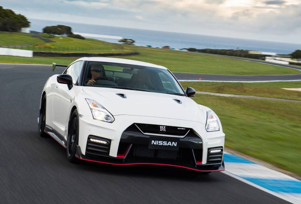 2017 nissan gt r nismo on sale in australia from 299 000 performancedrive. Black Bedroom Furniture Sets. Home Design Ideas