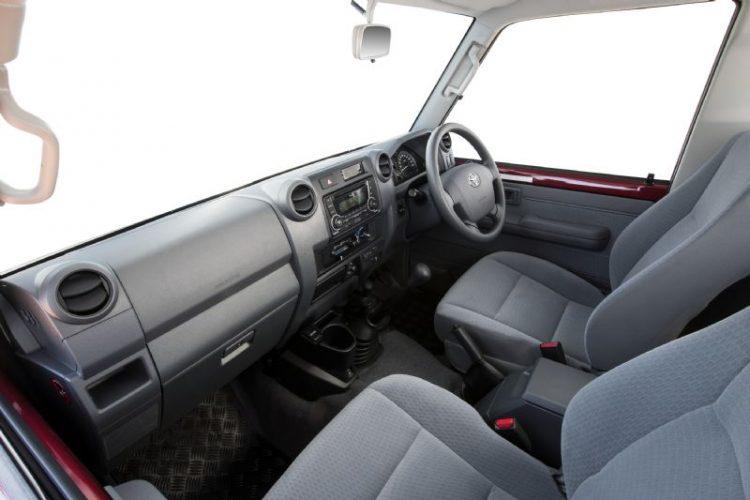 2017-toyota-landcruiser-70-interior