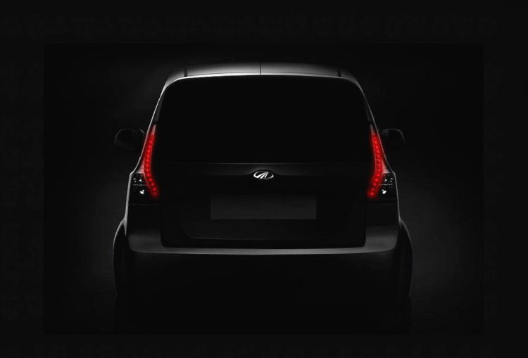 mahindra-e20plus-preview-rear