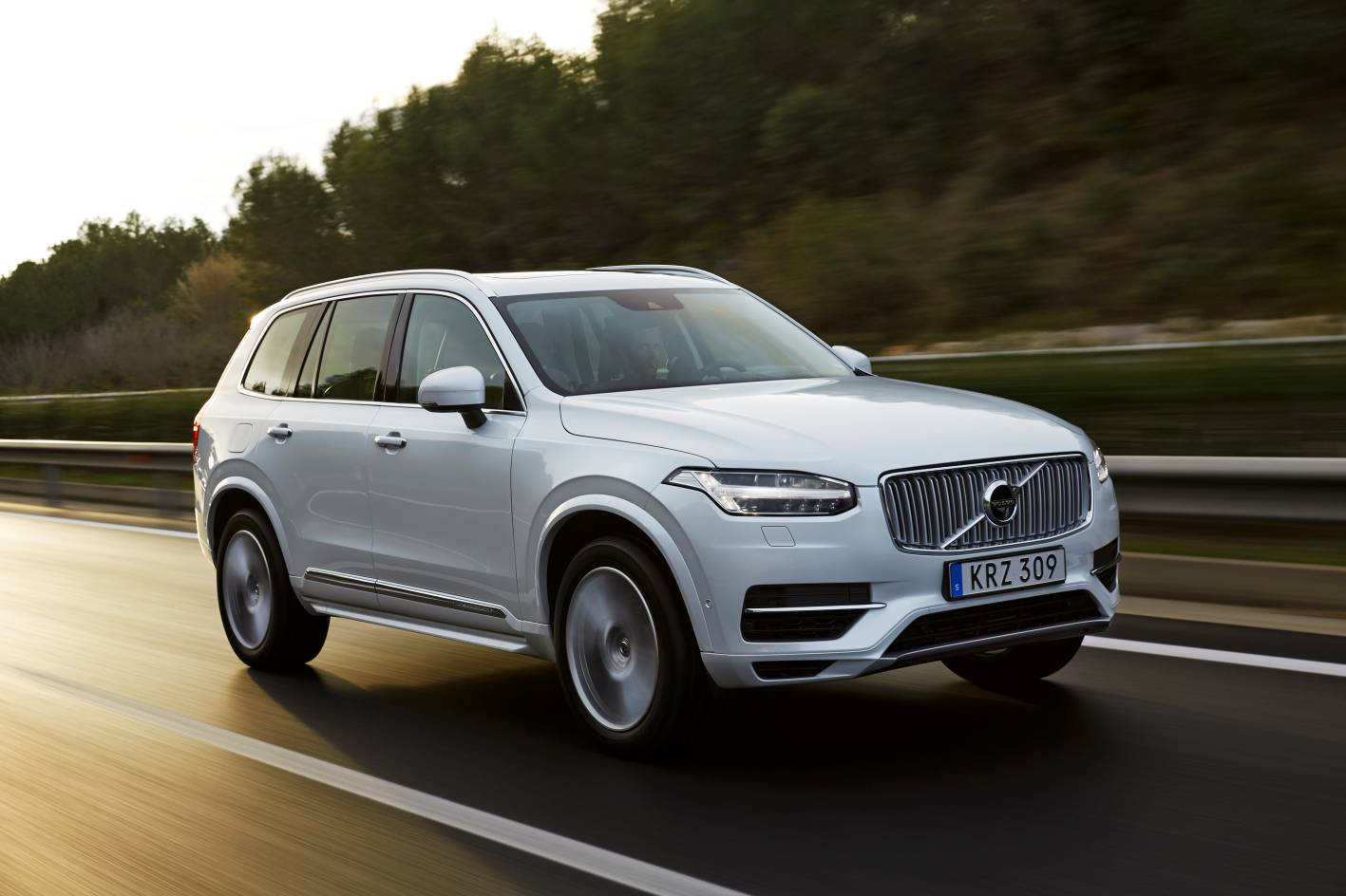 suv volvo luxury release carstuneup date