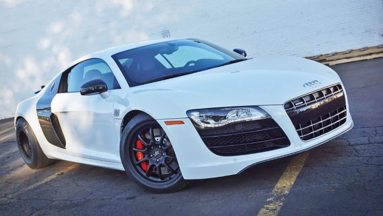 dupoint-registry-audi-r8-twin-turbo