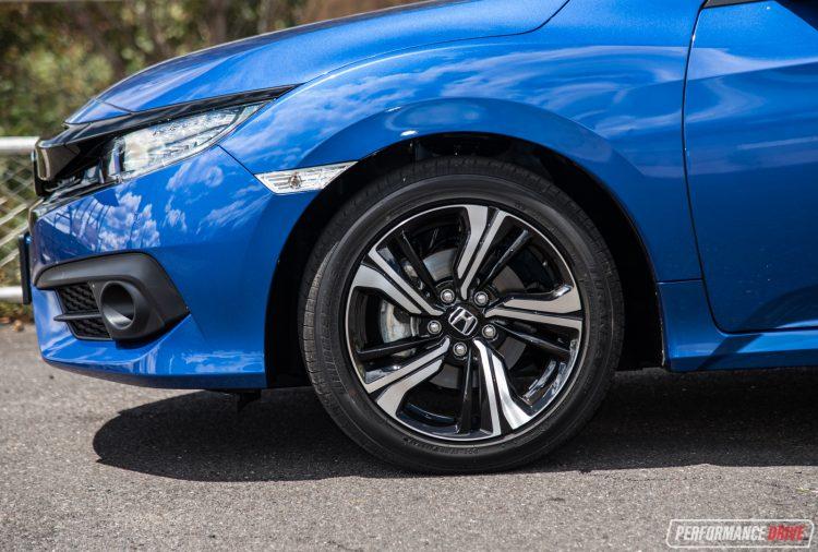 2016-honda-civic-rs-wheels