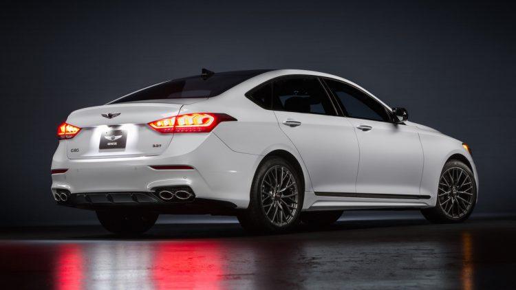 2017-genesis-g80-sport-rear