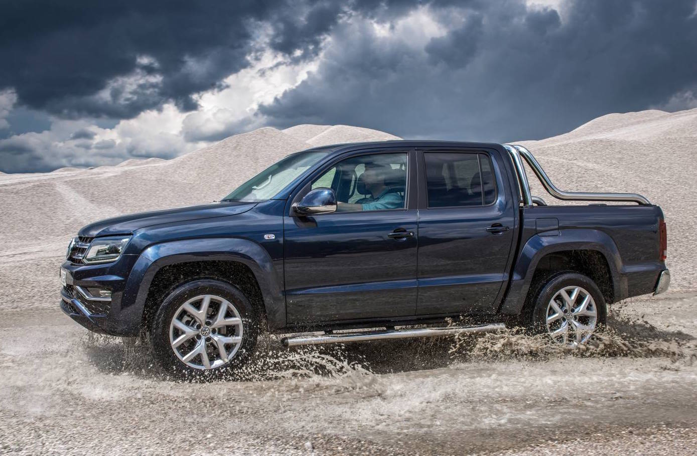 2017 volkswagen amarok v6 on sale in australia from 59 990 performancedrive. Black Bedroom Furniture Sets. Home Design Ideas