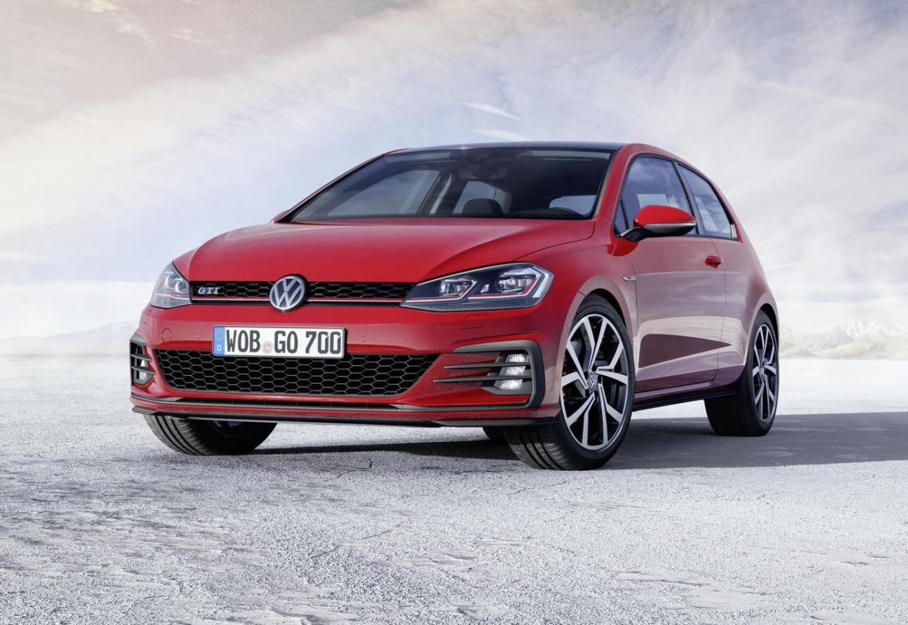 2017 volkswagen golf revealed more power for gti performancedrive. Black Bedroom Furniture Sets. Home Design Ideas