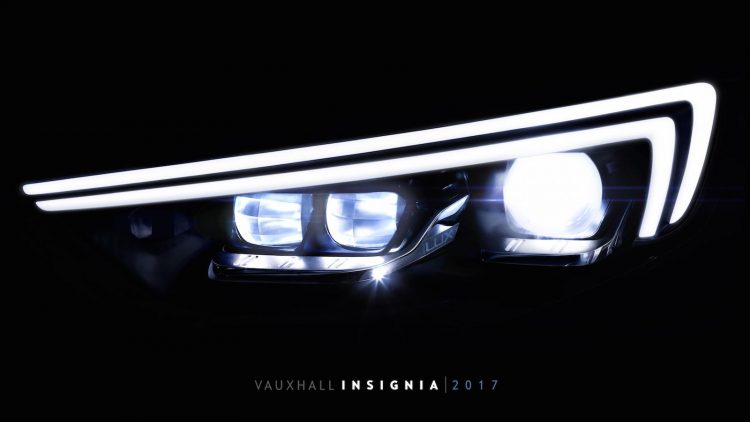 2018-holden-commodore-matrix-headlight