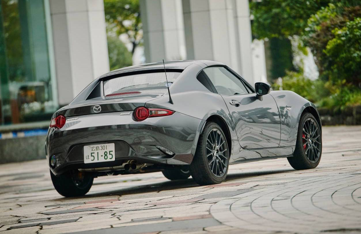 mazda mx 5 rf hardtop on sale from 38 550 arrives february performancedrive. Black Bedroom Furniture Sets. Home Design Ideas