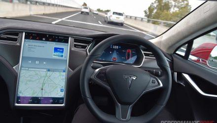 tesla-model-s-autopilot-highway