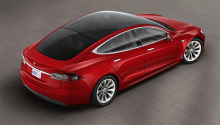 Tesla Model S P90D cut from range, full glass roof option added