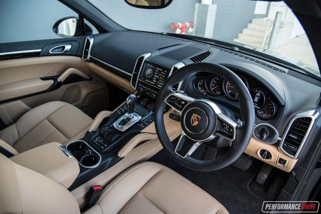 2016 Porsche Cayenne Diesel Interior