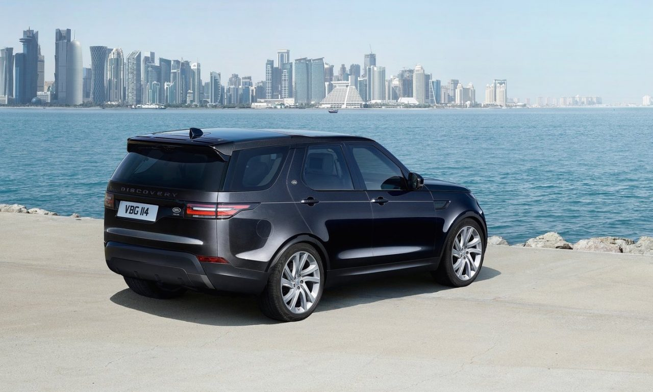 2017 land rover discovery prices specs for australia revealed performancedrive. Black Bedroom Furniture Sets. Home Design Ideas
