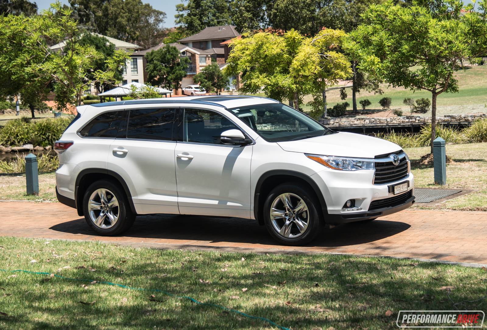 2018 toyota kluger grande. beautiful toyota should you buy a toyota kluger with 2018 toyota kluger grande