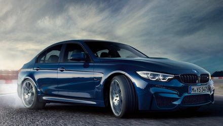 2017 BMW M3 gets LCI update, looks nice in dark blue