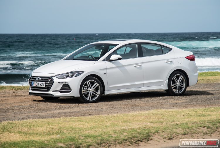 2017 hyundai elantra sr turbo review manual dct auto video performancedrive