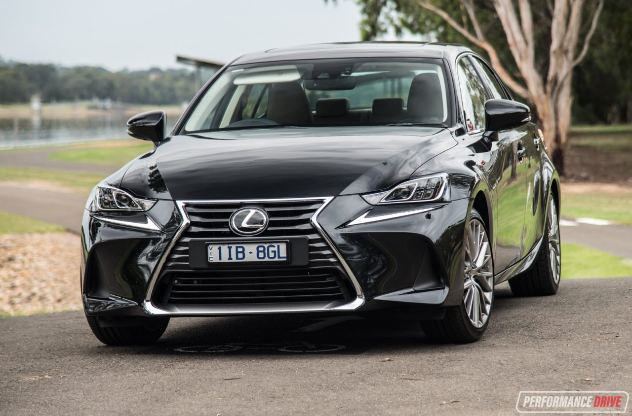 2017 lexus is 200t sports luxury review video performancedrive. Black Bedroom Furniture Sets. Home Design Ideas