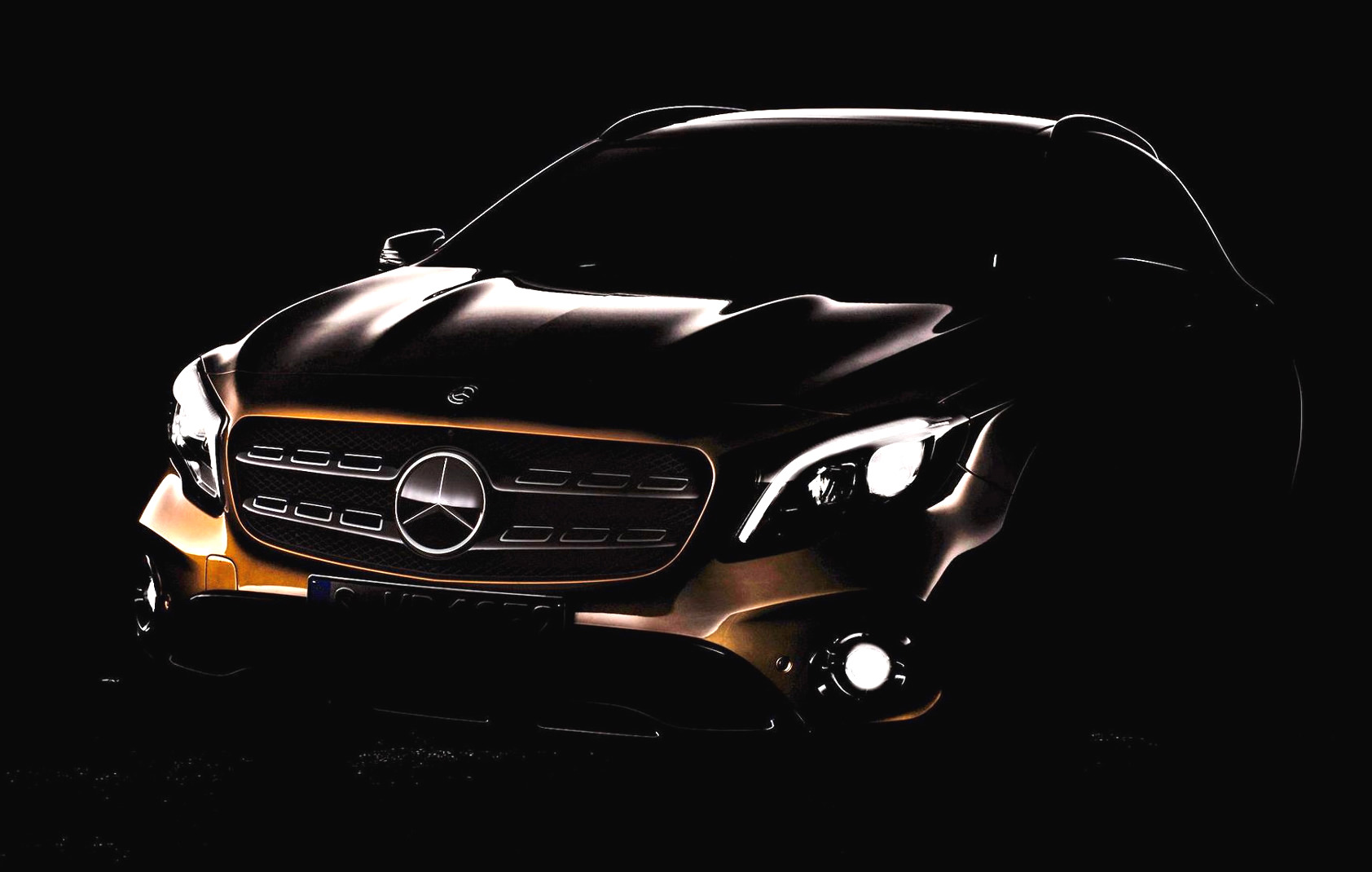 2017 Mercedes Benz Gla Facelift Previewed Before Detroit