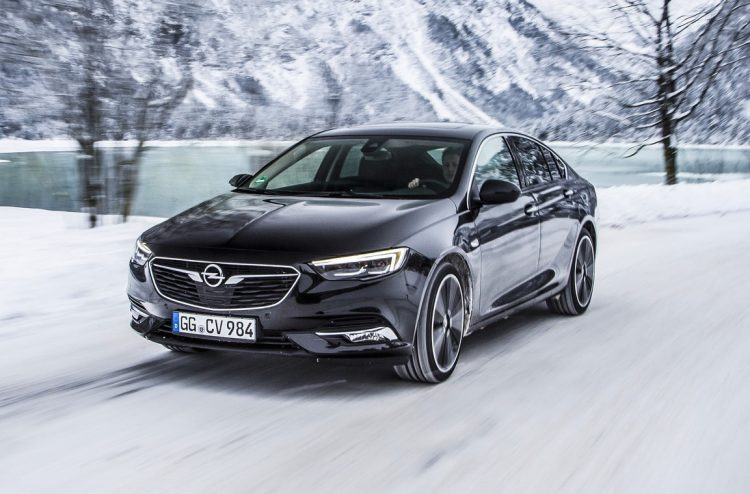 awd 2018 holden commodore insignia grand sport revealed performancedrive. Black Bedroom Furniture Sets. Home Design Ideas