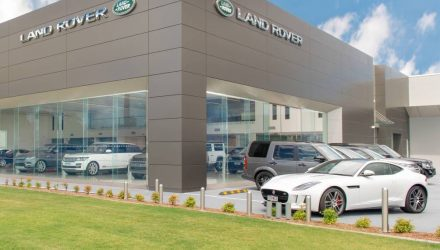 Jaguar Land Rover sets record sales in 2016