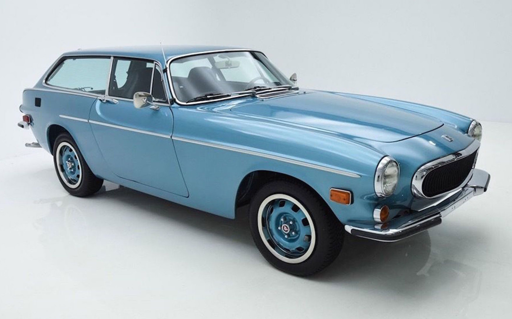 for sale mint 1972 volvo p1800es wagon performancedrive. Black Bedroom Furniture Sets. Home Design Ideas