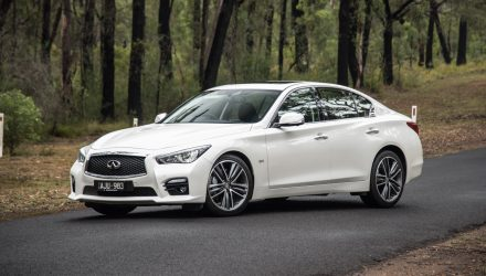 2017 Infiniti Q50 3.0t Silver Sport review (video)