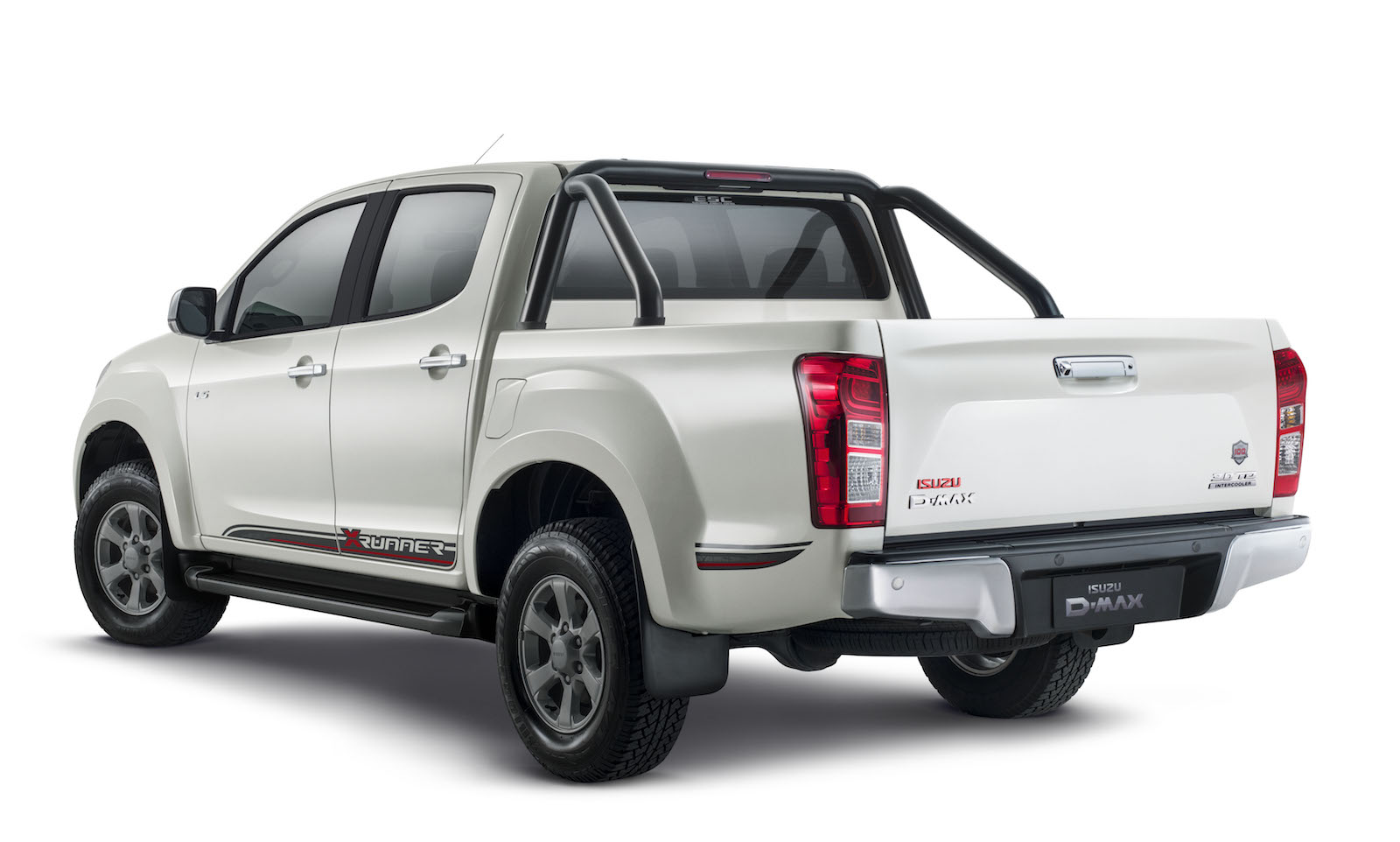 2017 isuzu d max x runner special edition on sale celebrates 100 years performancedrive. Black Bedroom Furniture Sets. Home Design Ideas
