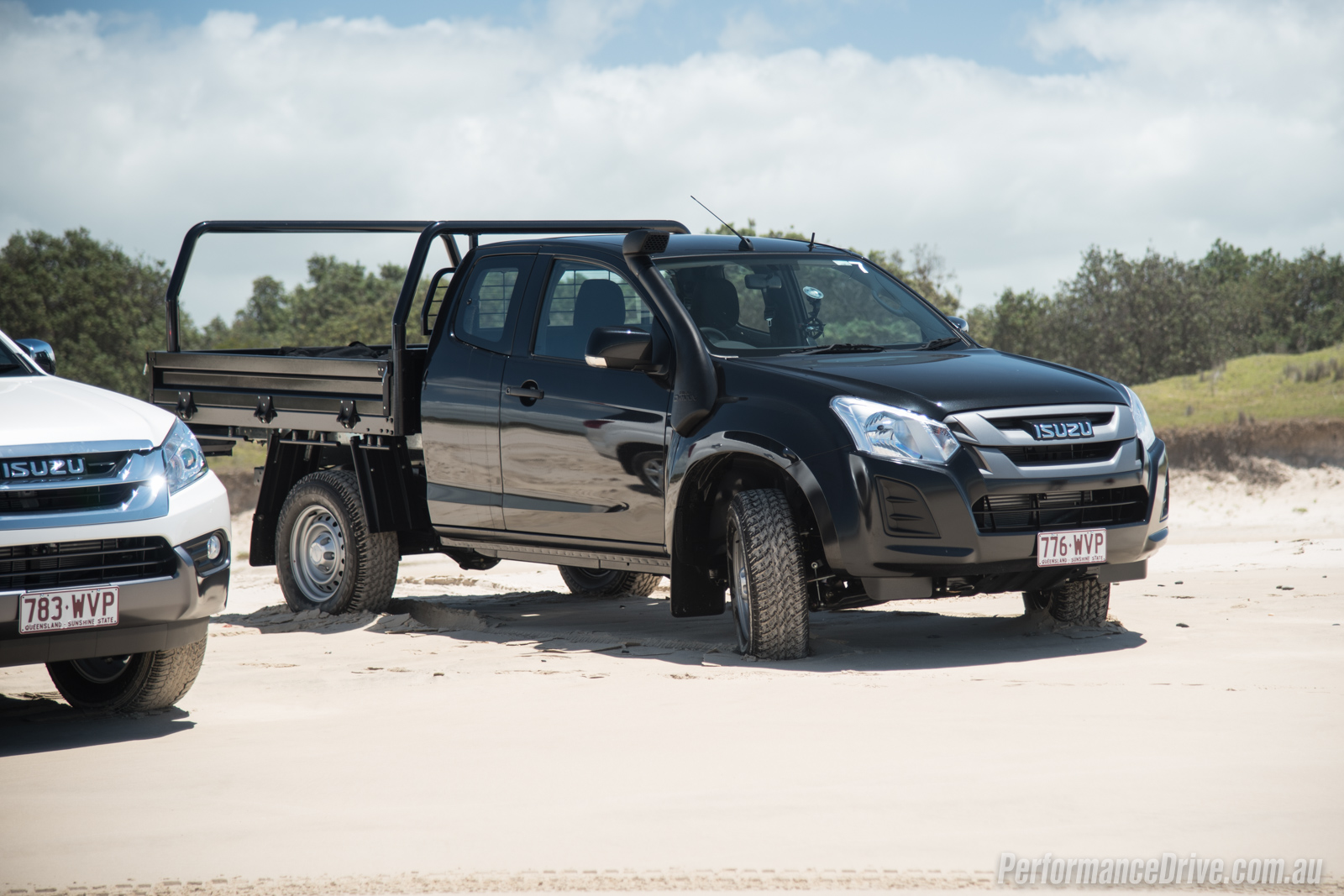 2017 isuzu d max double cab chassis. Black Bedroom Furniture Sets. Home Design Ideas