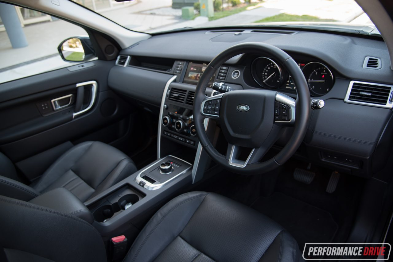 New 2017 Land Rover Discovery Images Carbuyer Autos Post