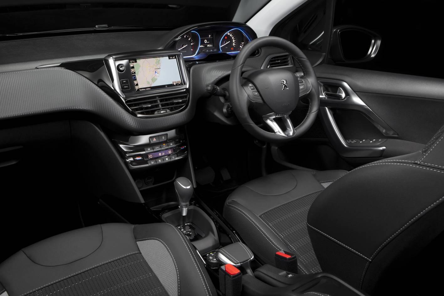 2017 Peugeot 2008 Allure-interior |