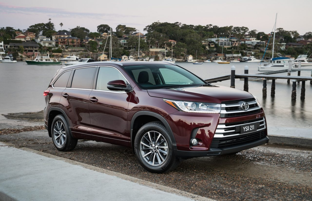 Updated 2017 Toyota Kluger now on sale in Australia ...