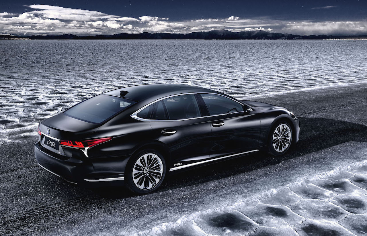 2018 lexus ls 500h set for geneva debuts twin turbo hybrid performancedrive. Black Bedroom Furniture Sets. Home Design Ideas