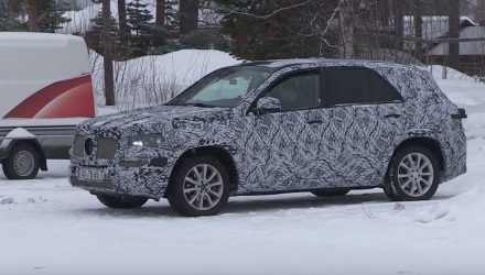 2018 Mercedes-Benz GLE 'W167' spotted, hides fresh design (video)