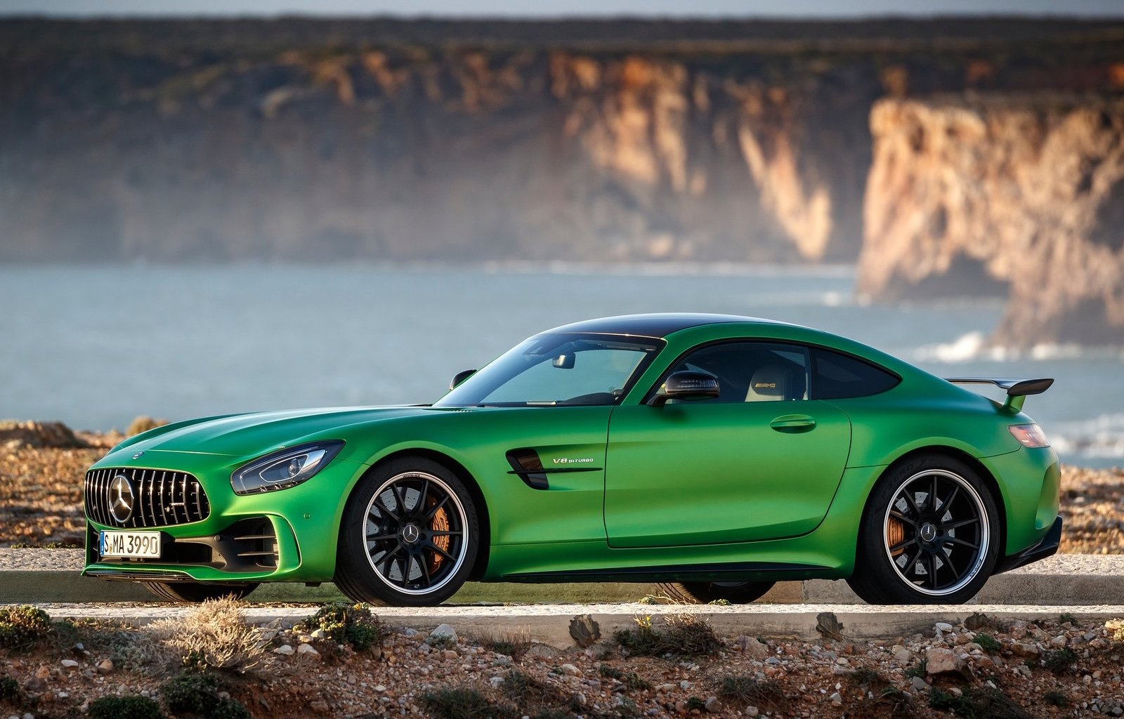 mercedes amg gt r on sale in australia in july priced from 349 000 performancedrive. Black Bedroom Furniture Sets. Home Design Ideas