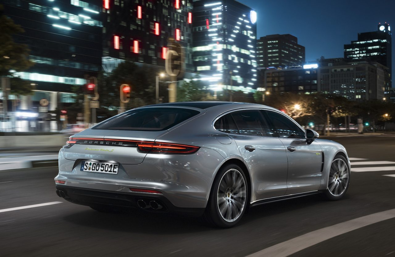 porsche panamera turbo s e hybrid is new 500kw flagship performancedrive. Black Bedroom Furniture Sets. Home Design Ideas