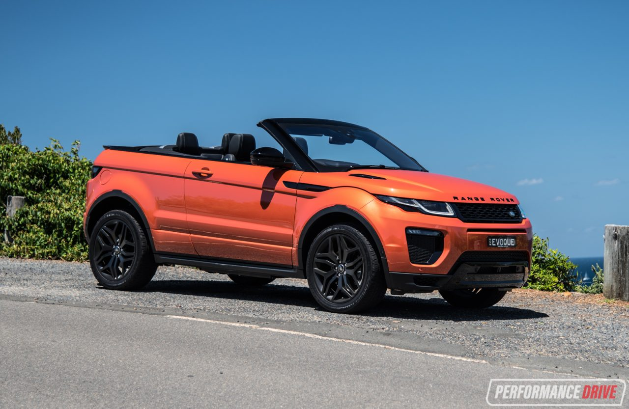 range rover evoque convertible si4 review video performancedrive. Black Bedroom Furniture Sets. Home Design Ideas