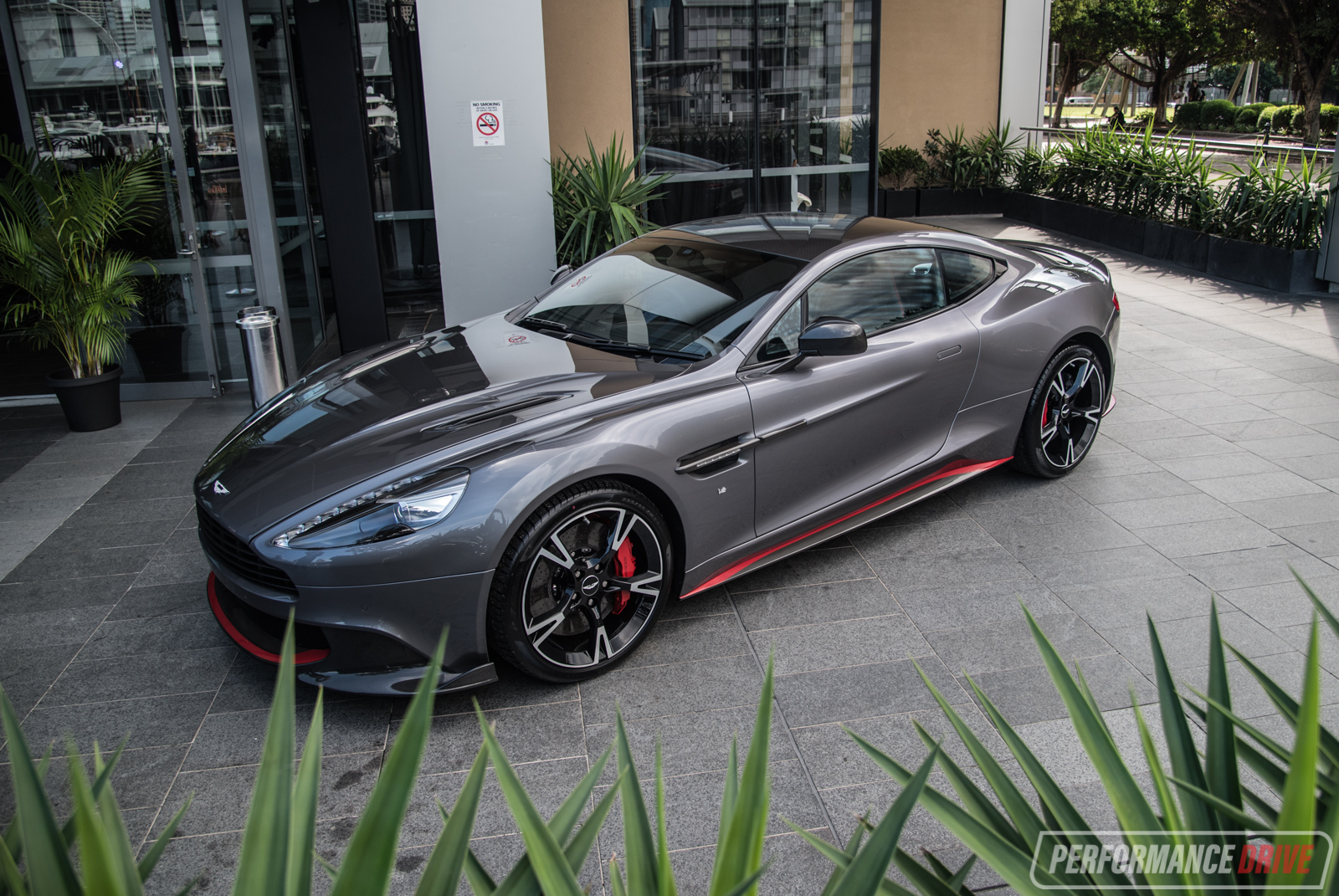 2017 aston martin vanquish s makes australian debut in sydney performancedrive. Black Bedroom Furniture Sets. Home Design Ideas