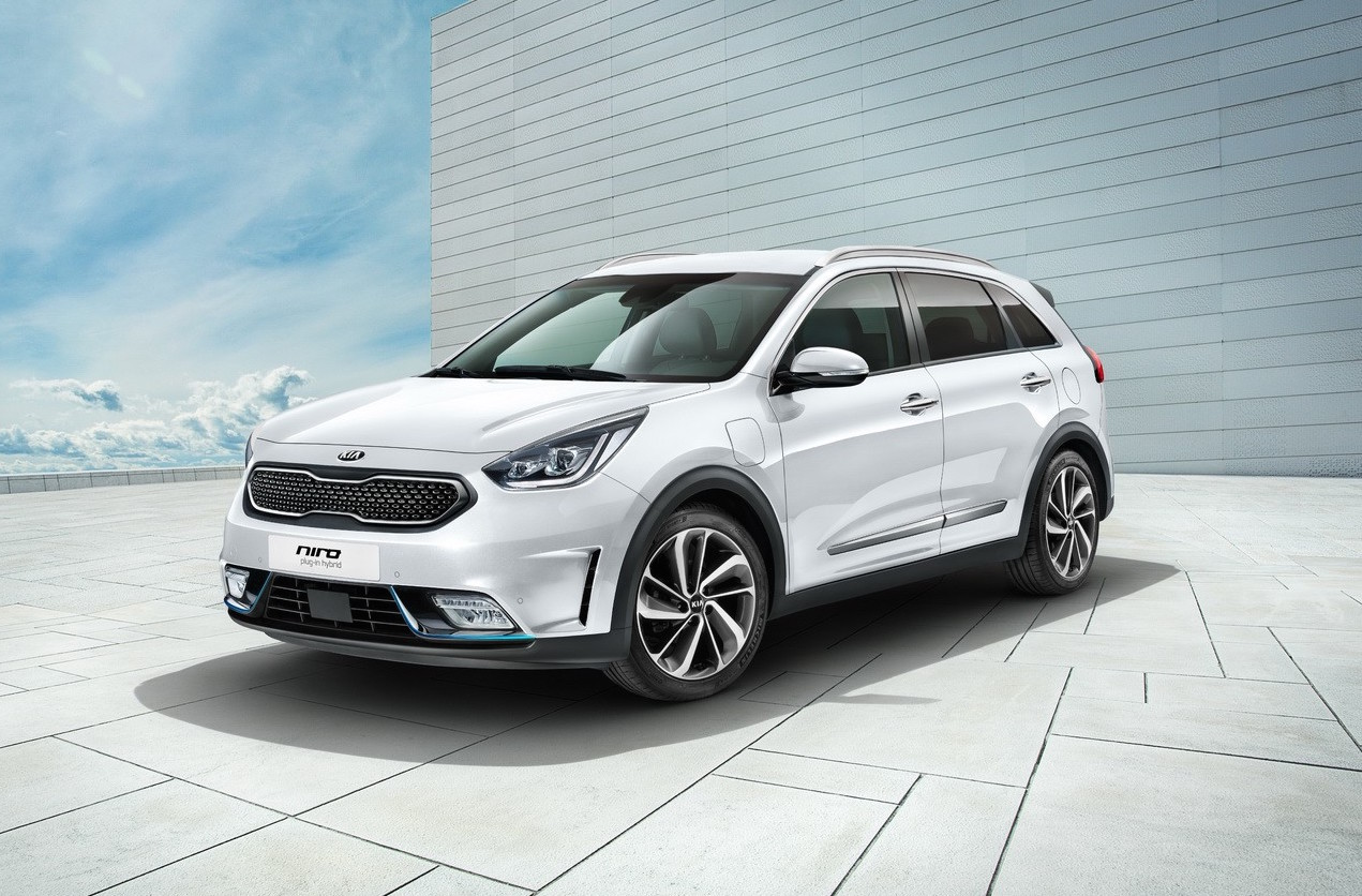 kia niro plug in hybrid revealed with 55km ev range performancedrive. Black Bedroom Furniture Sets. Home Design Ideas