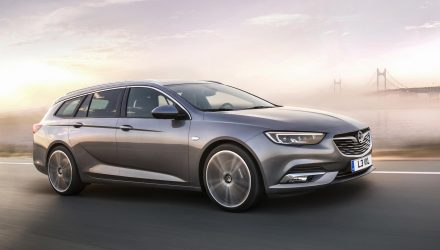 2018 Buick Regal to be offered in wagon, first wagon since 1996