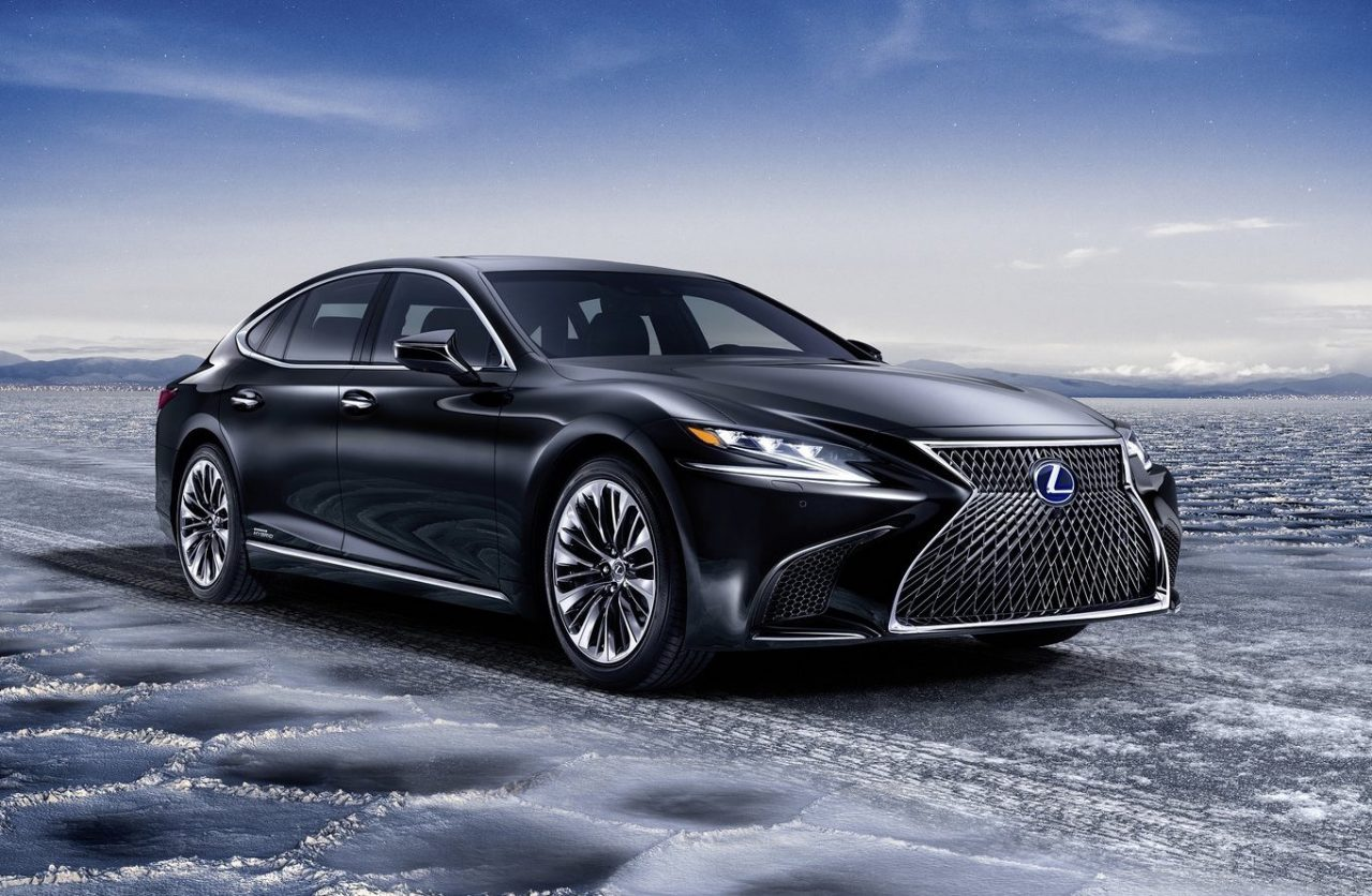 2018 lexus ls 500h hybrid revealed offers ev mode up to 140km h performancedrive. Black Bedroom Furniture Sets. Home Design Ideas