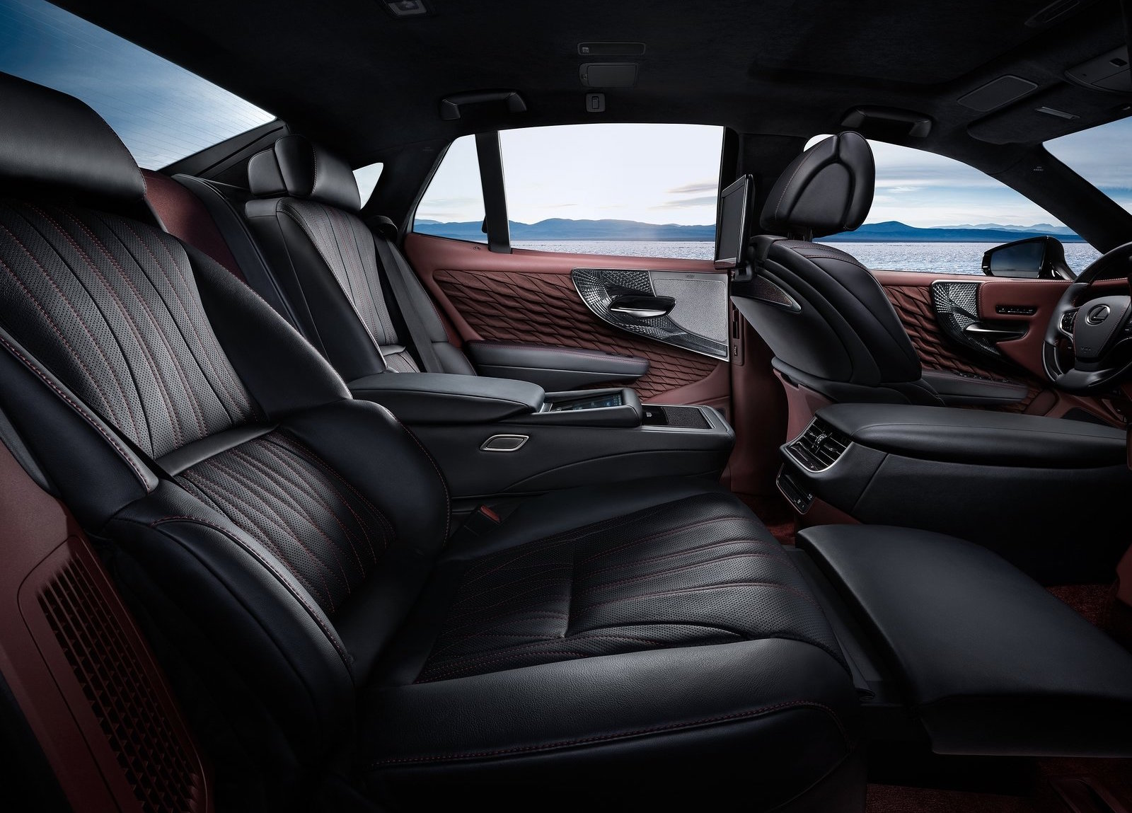 2018 lexus 600h. exellent 2018 inside are a set of new seats with 28way power adjustment for the front  heating cooling and massage functions while rear seat is optionally  2018 lexus 600h