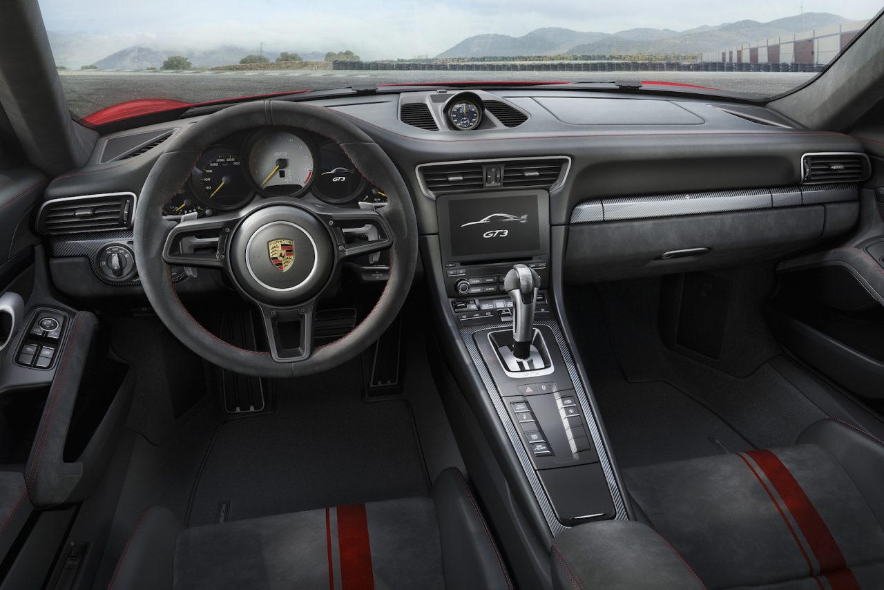 2018 porsche 911 gt3 unveiled with 500hp 4 0l performancedrive. Black Bedroom Furniture Sets. Home Design Ideas