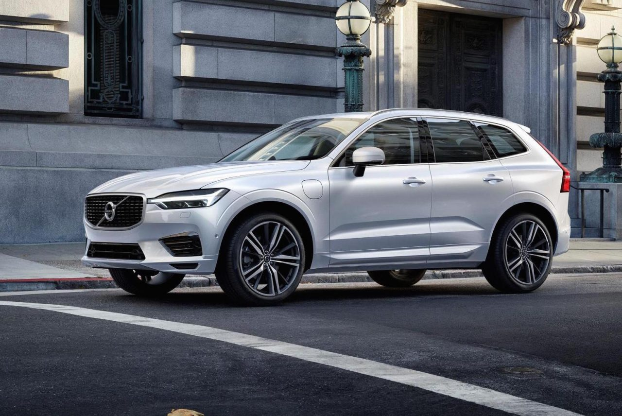 Volvo s60 r design saville grey moreover Volvo Xc60 Restyle 2013 Couleurscolors besides Volvo Xc60 Detail together with Exterior 54662981 additionally Exterior 41060419. on 2017 volvo xc 60 r design