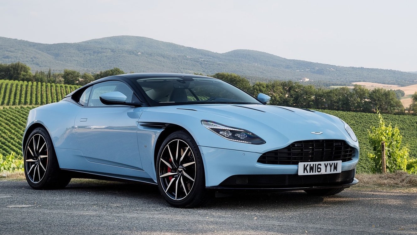 aston martin 39 dbx 39 suv will be full size 5 door wagon debuts late 2018 performancedrive. Black Bedroom Furniture Sets. Home Design Ideas