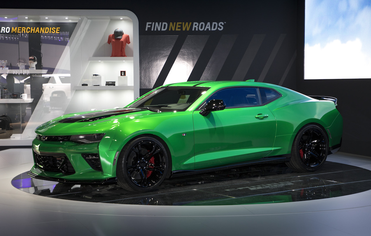 chevrolet camaro track concept breaks cover at geneva. Black Bedroom Furniture Sets. Home Design Ideas