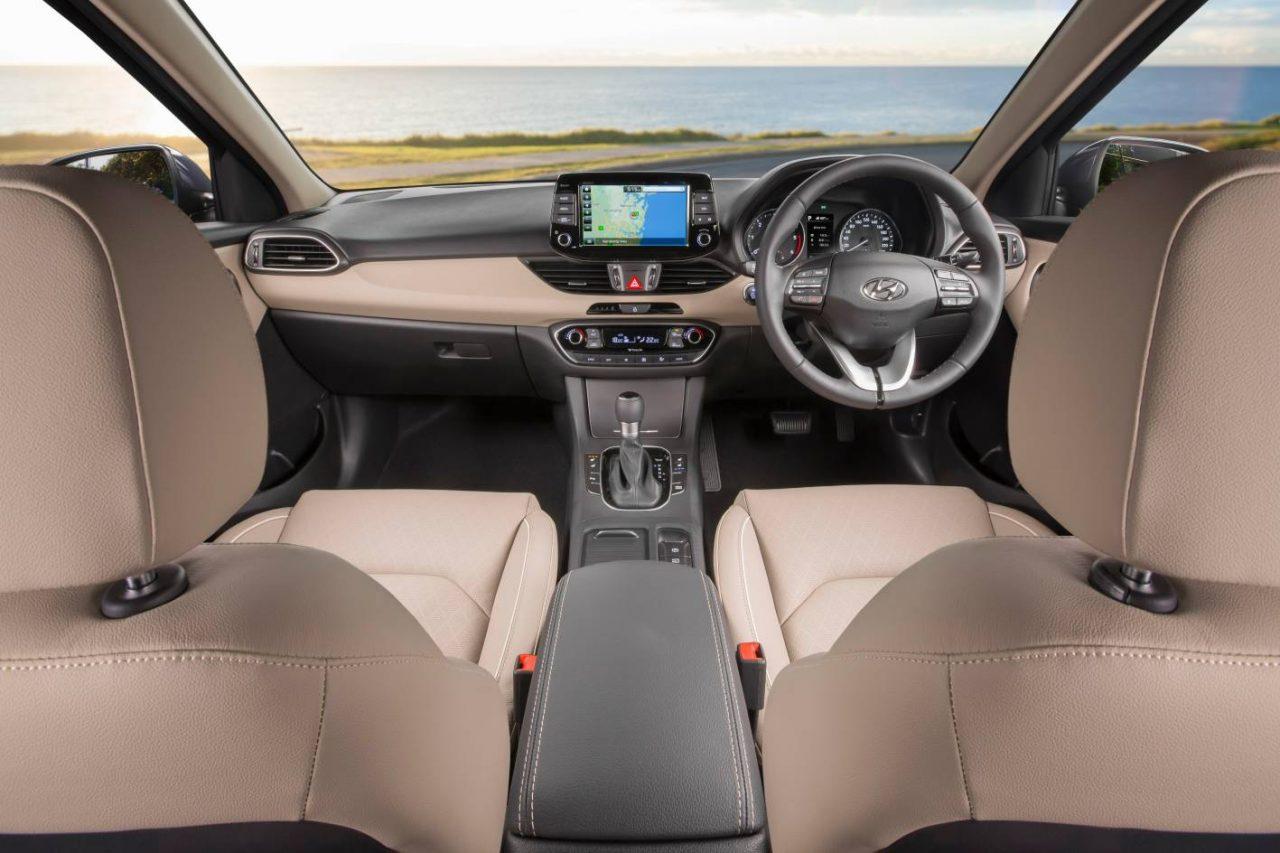 2017 hyundai i30 australian prices announced sporty sr for Interior hyundai i30