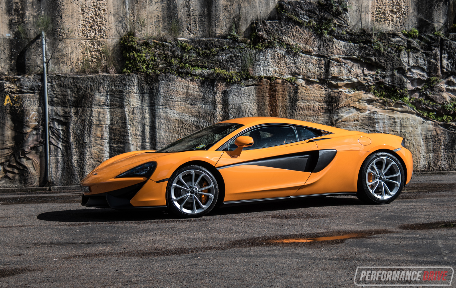 2017 McLaren 540C Review (video)