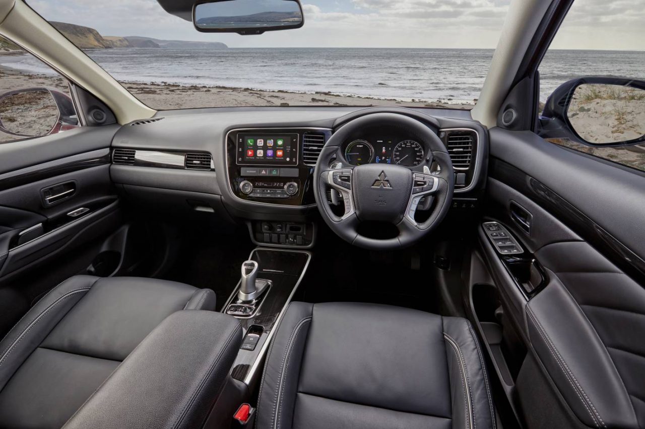 2017 Mitsubishi Outlander PHEV now on sale in Australia ...