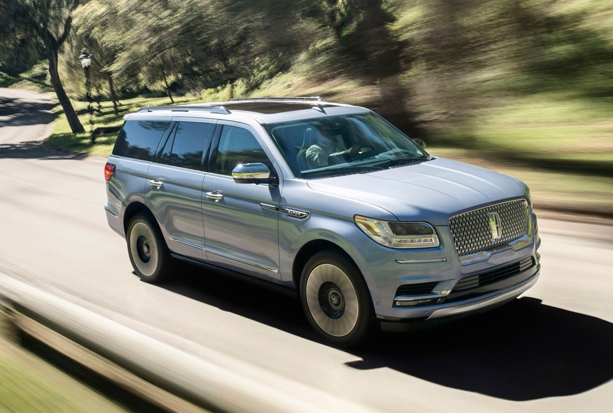 2018 lincoln navigator revealed in production form performancedrive. Black Bedroom Furniture Sets. Home Design Ideas