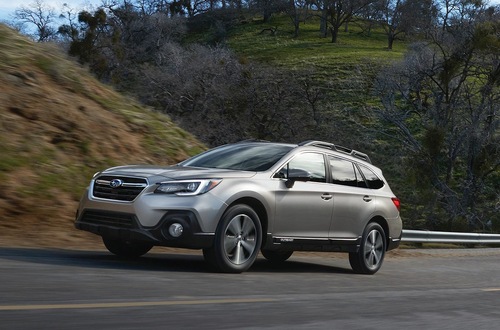 2018 subaru outback brings minor updates in most areas. Black Bedroom Furniture Sets. Home Design Ideas