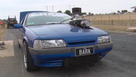 Ford EA Falcon inline-6 with massive 4-71 supercharger (video)